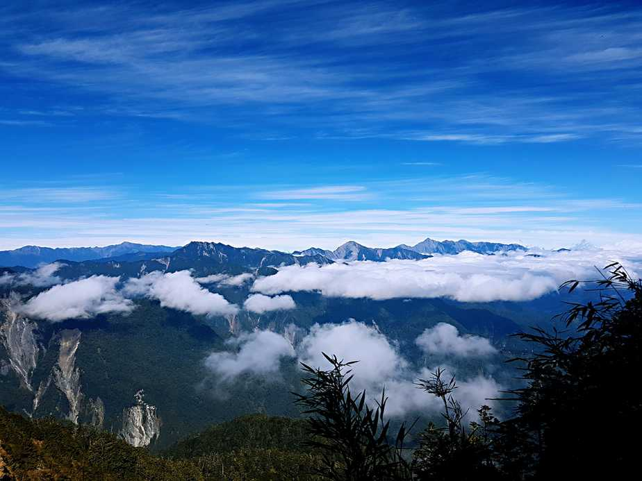 A Journey Through Taiwan's Central Mountain Range